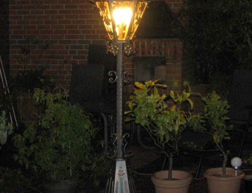 Stehlampe flower lang